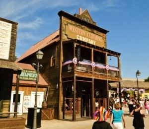 Hoteles en Port Aventura | Exteriores Far West
