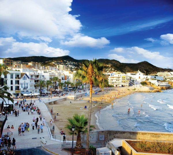 Hoteles en sitges con piscina climatizada ofertas de for Piscina sitges
