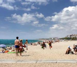 Hoteles en malgrat de mar con piscina en agosto ofertas for Hoteles en lloret de mar con piscina climatizada