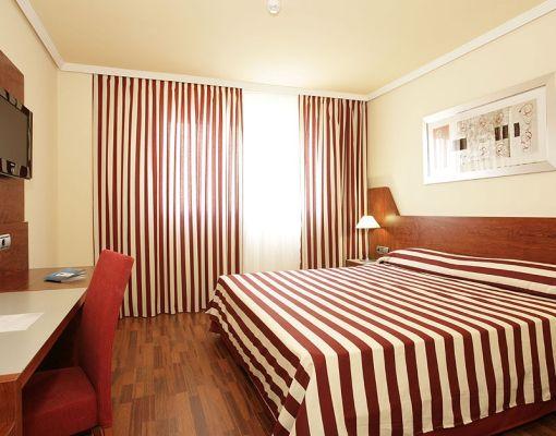 precios y ofertas de hotel hotel front air congress barcelona entradas formula 1 gran premio. Black Bedroom Furniture Sets. Home Design Ideas