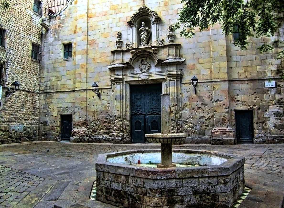 Tour En Barcelona Ruta Por Barrio Gótico Hoteles